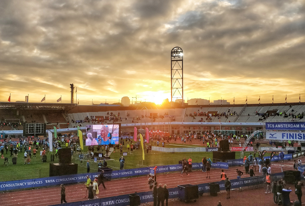 stade semi-marathon d'Amsterdam 2018 - Mizuno